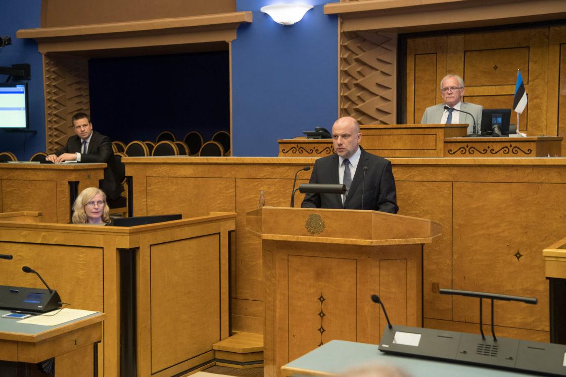 Täiskogu istung, Jaak Aab, Jüri Luik, Siim Kiisler ja Toomas Tõniste andsid ametivande