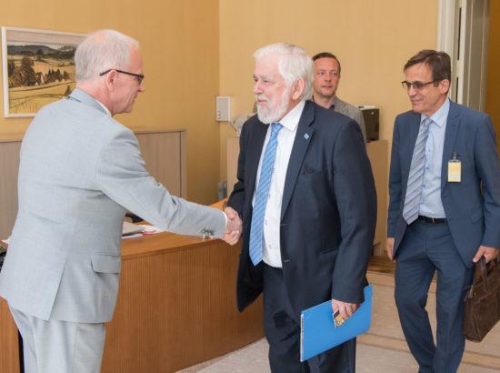 Riigikogu esimees Eiki Nestor kohtus Euroopa Majandus- ja Sotsiaalkomitee presidendi Georges Dassisega