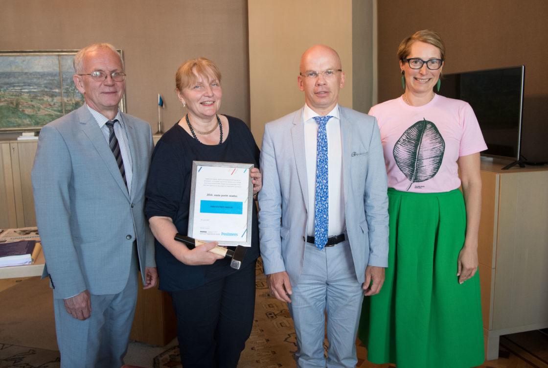Hea Õigusloome Tava auhinna üleandmine Riigikogu esimehele ja sotsiaalkomisjonile