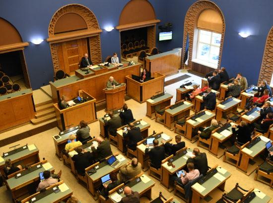 """Täiskogu istung, Olulise tähtsusega riikliku küsimuse """"Eesti demokraatia ohud ja väljakutsed"""" arutelu"""