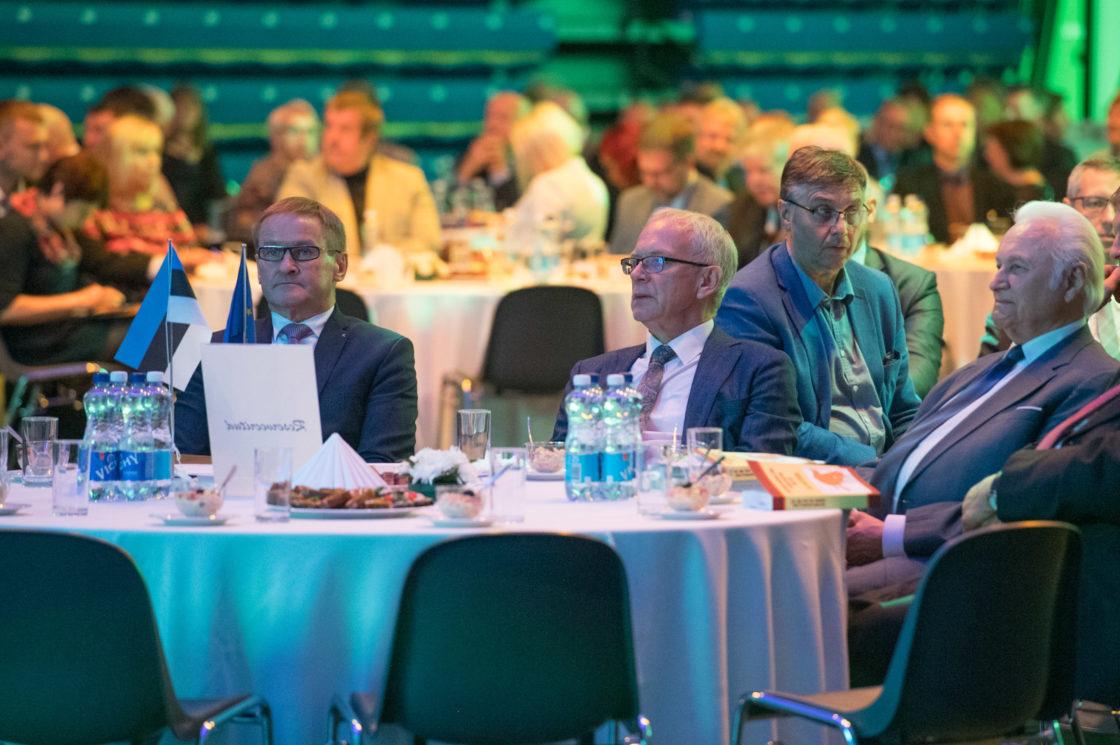 Riigikogu esimees Eiki Nestor pidas tervituskõne Omavalitsuspäeva konverentsil
