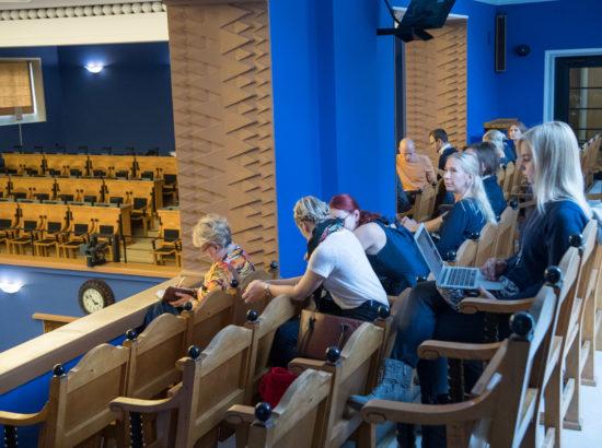 """Täiskogu istung, olulise tähtsusega riikliku küsimuse """"Eesti Kodanikuühiskonna Arengukontseptsiooni rakendamine"""" arutelu"""