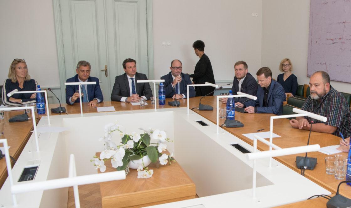 Rahanduskomisjoni kohtumine kindlustusmaaklerite rahvusvahelise esindusorganisatsiooniga