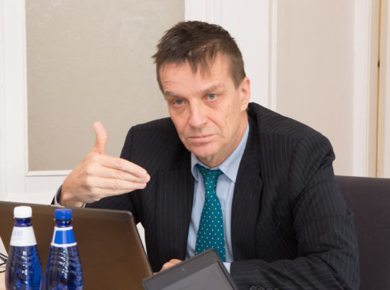 Rahanduskomisjoni istung, kohtumine Eesti Panga esindajatega