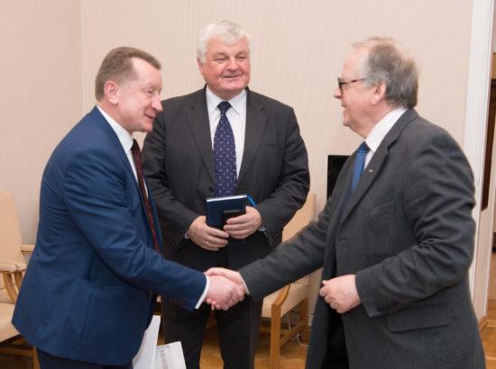 Riigikogu aseesimees Enn Eesmaa kohtus Valgevene parlamendi liikmetega