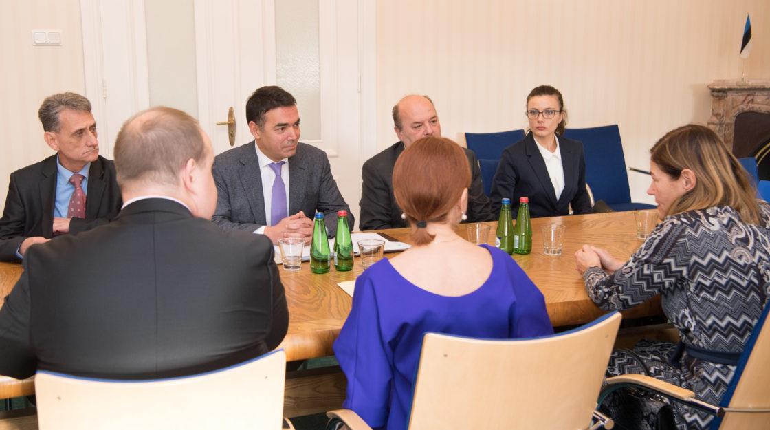Väliskomisjoni aseesimees Keit Pentus-Rosimannus kohtus Makedoonia välisministri Nikola Dimitroviga