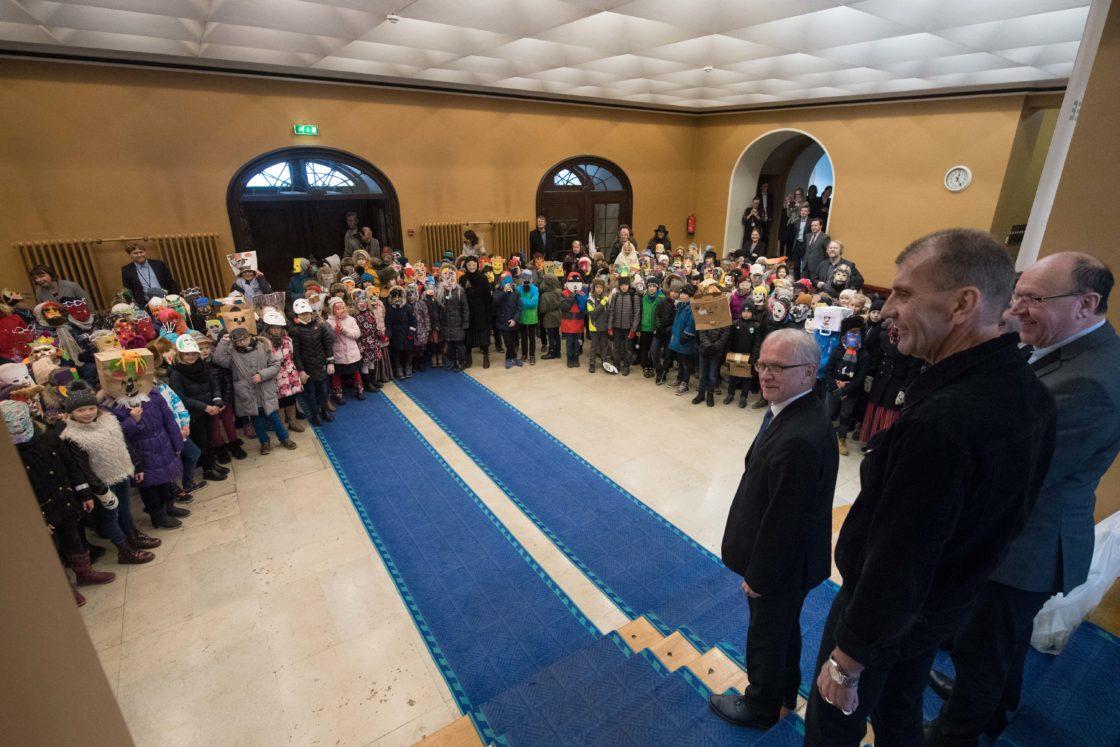 Riigikogus käisid väikesed mardisandid