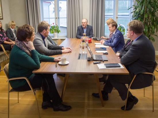 Riigieelarve kontrolli erikomisjoni istung Riigikontrollis