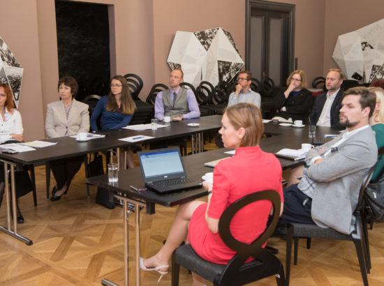 Tuleviku töö uuringu juhtkomisjoni kohtumine