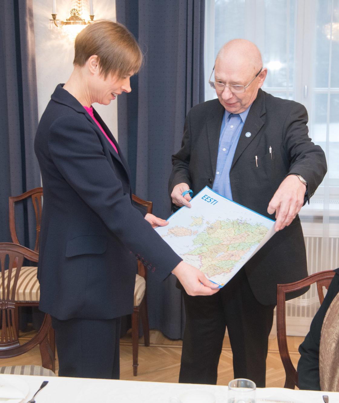 Põhiseaduskomisjon kohtus Kadriorus Vabariigi Presidendi Kersti Kaljulaidiga