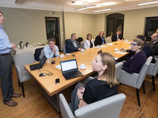 (E-)valitsemise uuringu juhtkomisjoni kohtumine