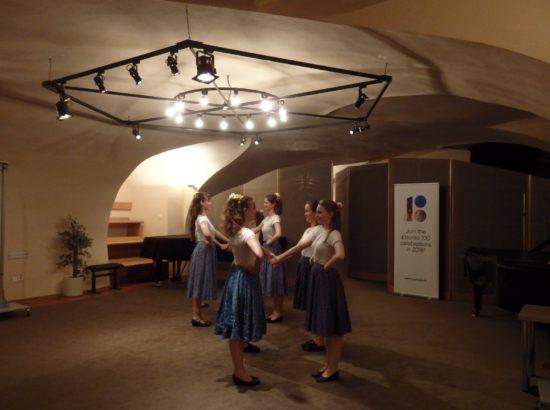 Riigikogu aseesimees Hanno Pevkur ja liige Taavi Rõivas osalesid Prahas EV100 raames toimuvate Eesti päevade avamisel