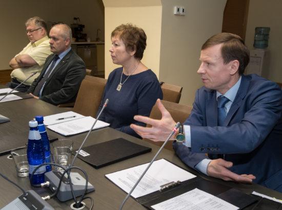 Riigieelarve kontrolli erikomisjoni istung