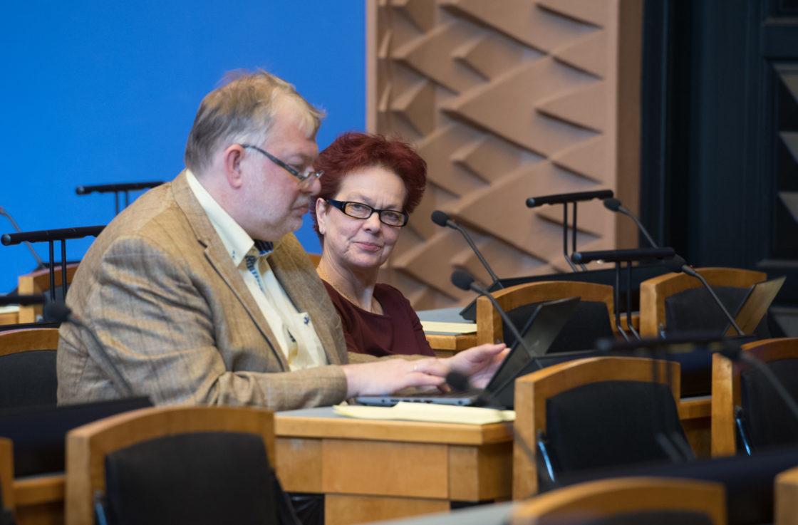 Emakeelepäeva e-etteütlus Riigikogus