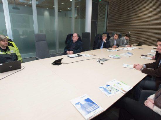 Keskkonnakomisjon tutvus Soomes Äänekoskis asuva biotoodete tehasega