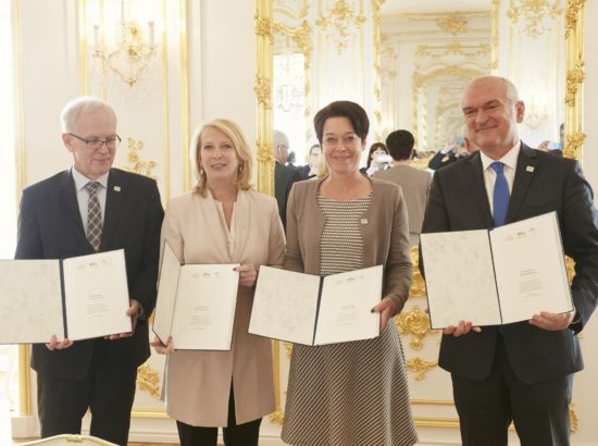 Nestor allkirjastas trio-partneritega eesistumise sisulise järjepidevuse deklaratsiooni