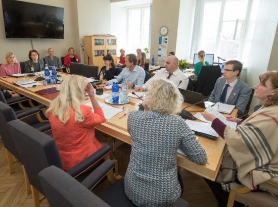 Sotsiaalkomisjoni istung, 3. mai 2018