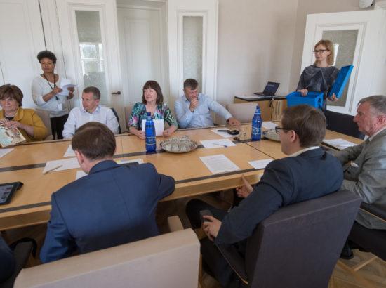 Rahanduskomisjoni esimehe ja aseesimehe valimised
