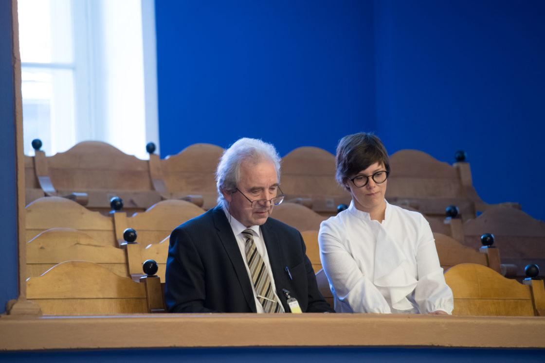 """Täiskogu istung, olulise tähtsusega riikliku küsimuse """"Riikliku vastutuse probleem VEB Fondi juhtumi põhjal"""" arutelu"""