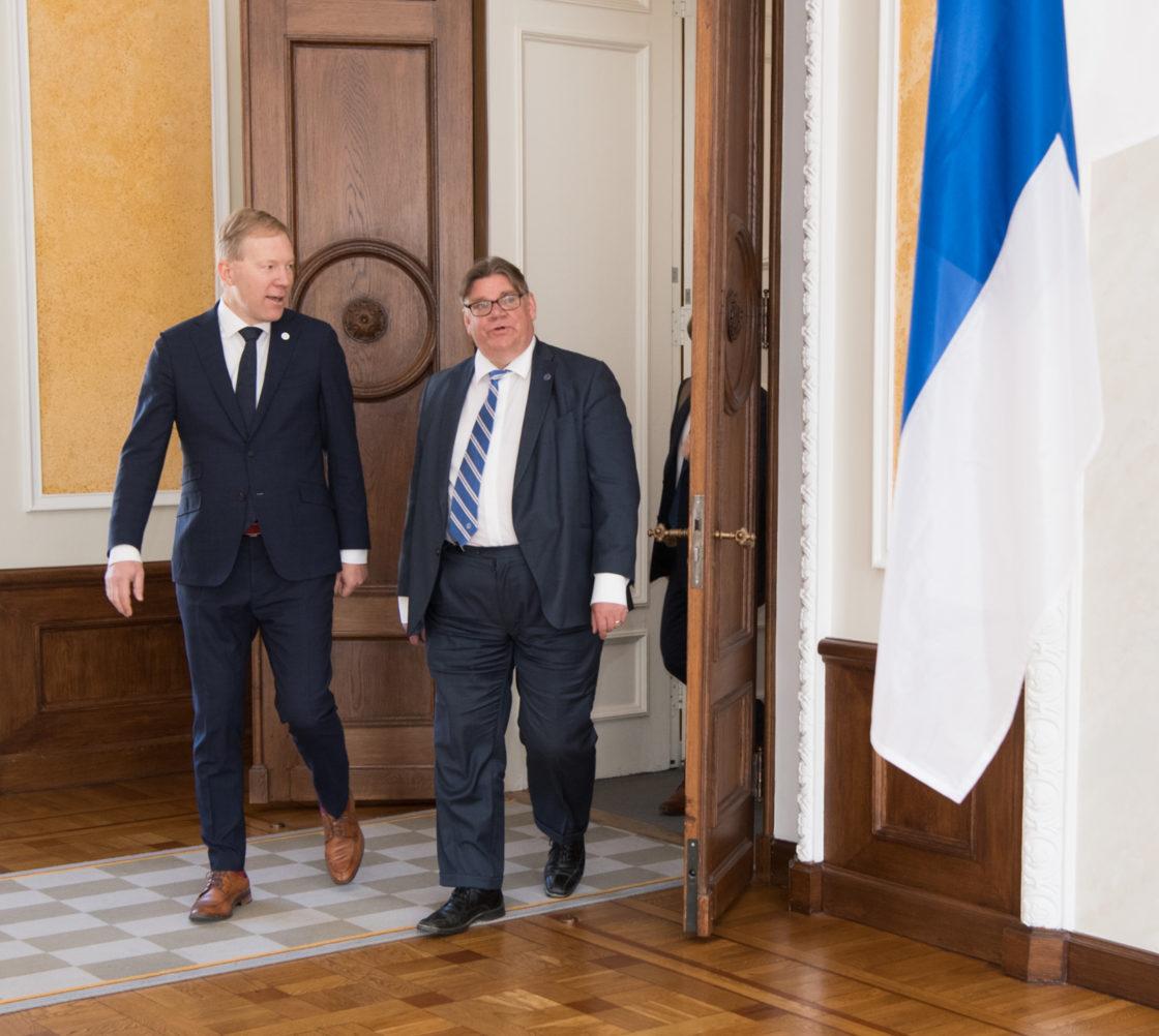 Väliskomisjoni liikmed kohtusid Soome välisministri Timo Soiniga