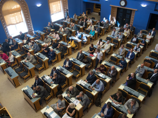 Riigikogu erakorraline istungjärk, Aivar Surva ja Rene Tammisti ametivanne