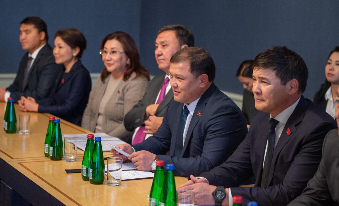 Kohtumised Kõrgõzstani parlamendi esimehe Dastanbek Dzhumabekoviga
