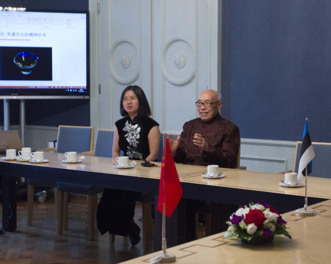 Eesti-Hiina parlamendirühm kohtus Hiina Renmini ülikooli professoritega