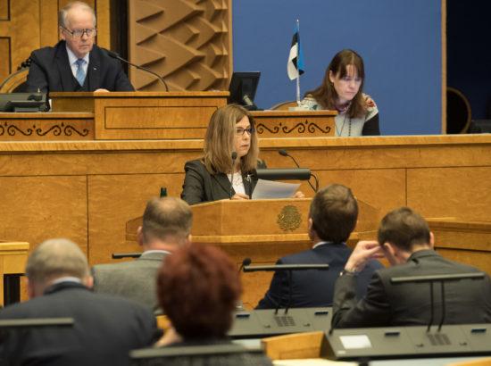 """Täiskogu istung, olulise tähtsusega riikliku küsimuse """"Vabadusele, õiglusele ja õigusele rajatud riik"""" arutelu"""