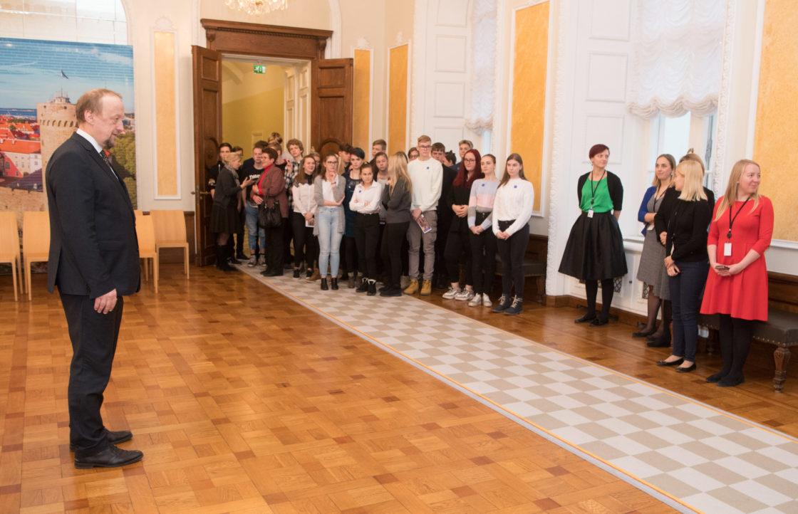 Eesti Ajutise Valitsuse ministrite fotoskulptuuride näituse avamine