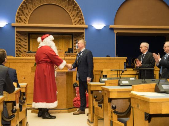 Täiskogu istung, jõuluvana külaskäik