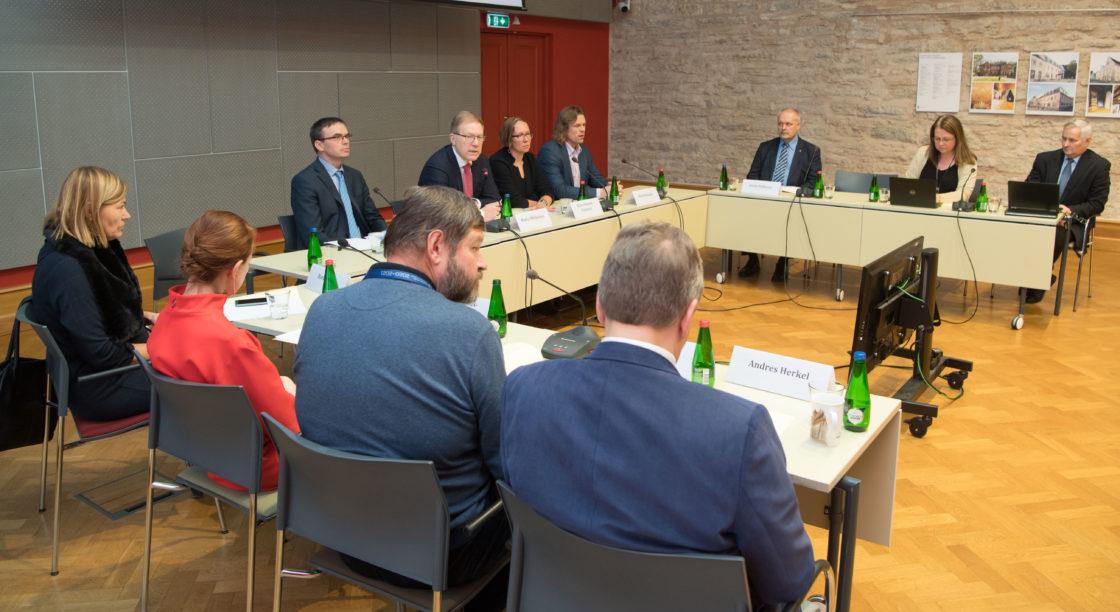 Väliskomisjoni avalik istung Eesti arengukoostöö tulevikust