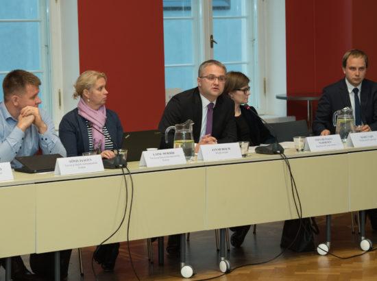 Riigieelarve kontrolli erikomisjoni istung erakorralisest meditsiinist