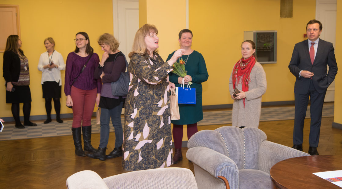 Tartu Ülikooli Viljandi Kultuuriakadeemia pärandtehnoloogia õppekava rahvusliku tekstiili eriala üliõpilaste tekinäituse avamine