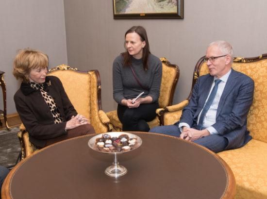 Riigikogu esimees Eiki Nestor kohtus Hispaania Riiginõugkogu esinaise María Teresa Fernández de la Vegaga
