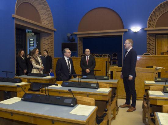 Riigikogu väliskomisjon kohtus Armeenia välisministri Zohrab Mnatsakanyaniga