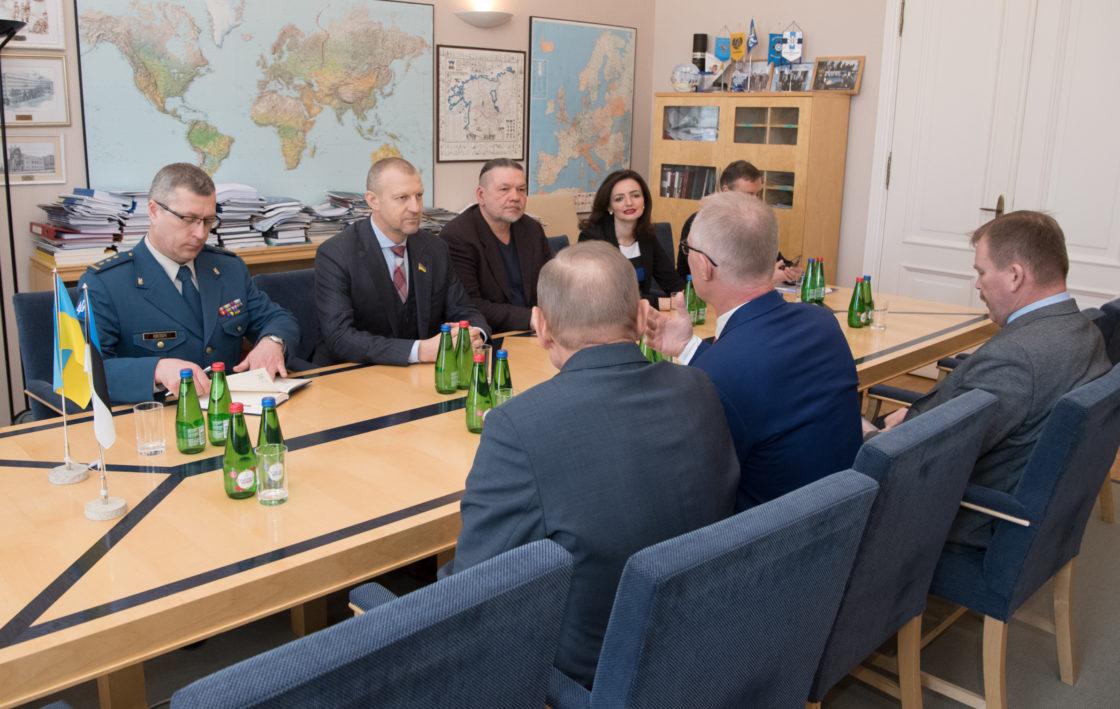 Riigikaitsekomisjoni liikmed kohtusid Ukraina raada julgeoleku- ja kaitsekomisjoni delegatsiooniga