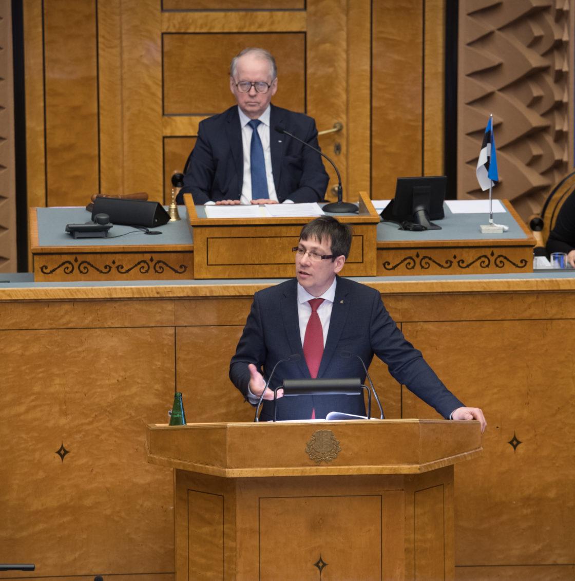"""Täiskogu istung, olulise tähtsusega riikliku küsimuse """"Eesti maksusüsteemi tulevik"""" arutelu"""
