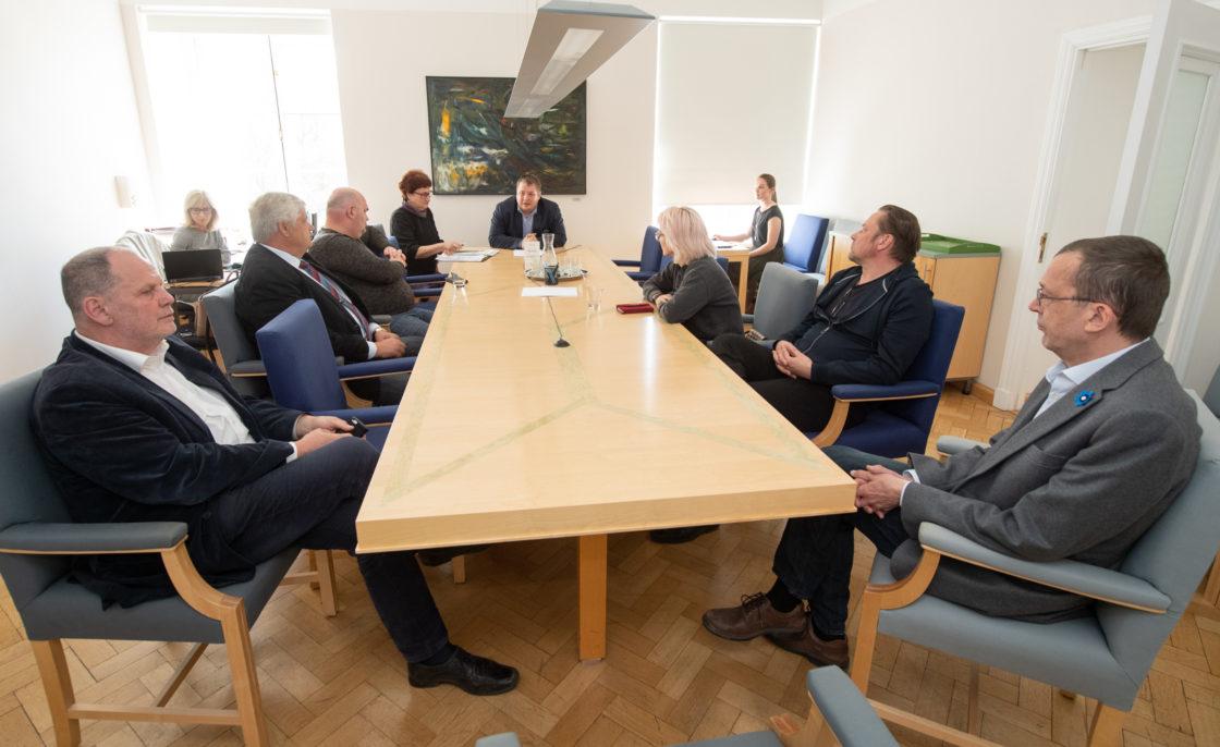 Keskkonnakomisjoni esimehe ja aseesimehe valimised