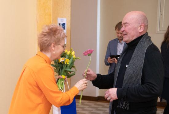 """Kunstnik Mall Nukke maalinäituse """"Kolmevärvi mängud II"""" avamine"""