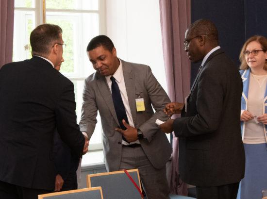 Rahanduskomisjon kohtus IMFi delegatsiooniga