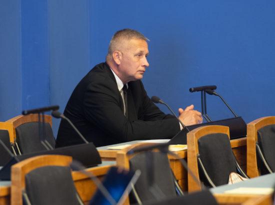 Täiskogu istung, ametivande andis Riigikogu liige Kalle Grünthal