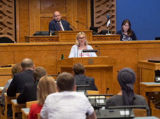 Täiskogu istung, ametivande andis Riigikogu liige Kalle Grünthal ja ettekande tegi Euroopa Komisjoni liikme kandidaat Kadri Simson
