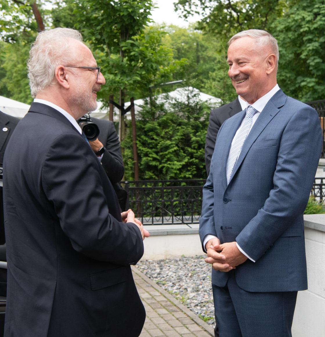 Riigikogu aseesimees Siim Kallas kohtus Läti presidendi Egils Levitsiga