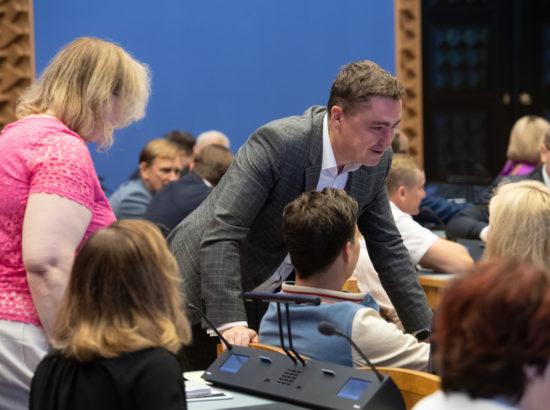 Riigikogu erakorraline istungjärk, umbusalduse avaldamine peaminister Jüri Ratasele