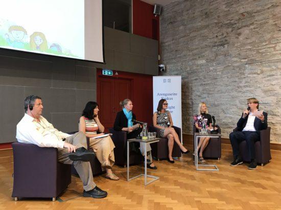 """Arenguseire Keskuse ja Õiguskantsleri Kantselei seminar """"Laste heaolu indikaatorid: praegune seis ja võimalused laste olukorra kirjeldamisel"""""""