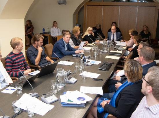 Sotsiaalkomisjoni istung kodanikupalgast