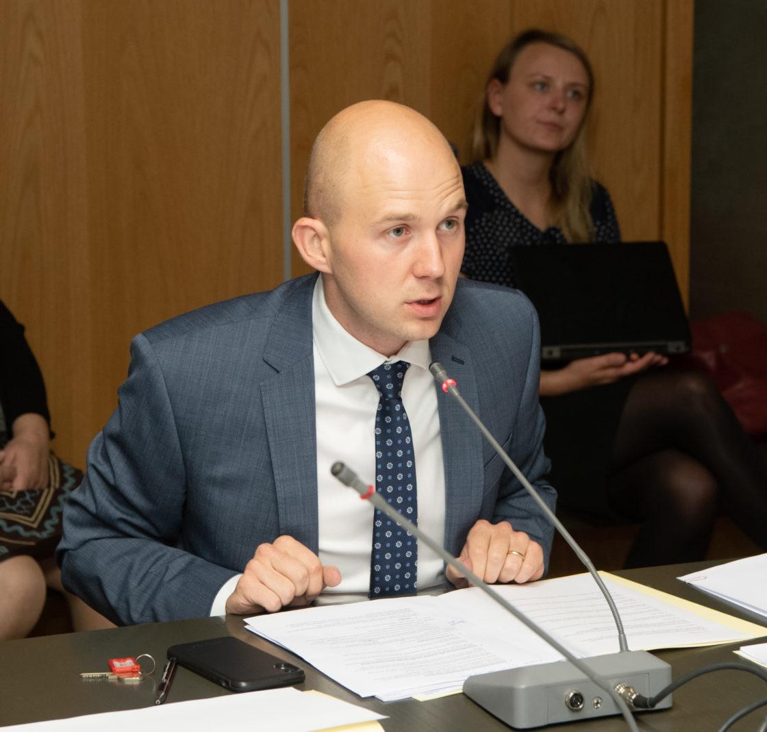 Sotsiaalkomisjoni esimees Tõnis Mölder