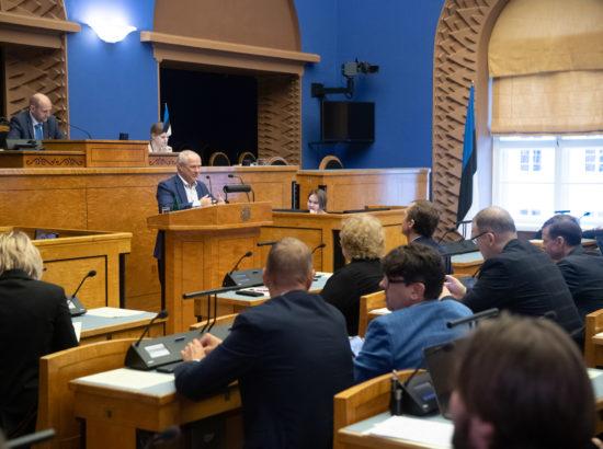 Põhiseaduskomisjoni esimees Paul Puustusmaa