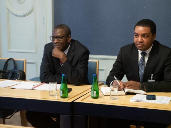 Rahanduskomisjoni liikmed kohtusid IMF-i delegatsiooniga