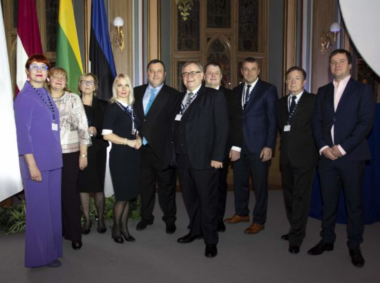Balti Assamblee delegatsioon kirjandus-, kunsti- ja teaduspreemiate üleandmise tseremoonial